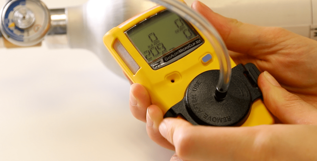 HOW TO MANUALLY BUMP TEST YOUR BW GASALERTMICROCLIP XL MULTI GAS DETECTOR